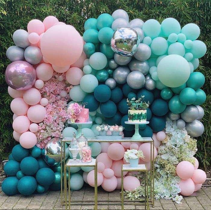decoração com balões desconstruidos