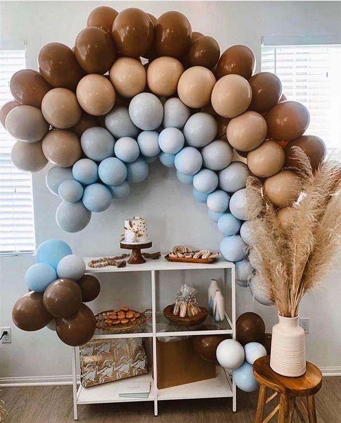 decoração com balões na parede