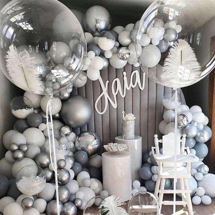 decoração com balões simples na parede
