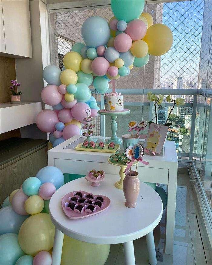 tela para decoração com balões