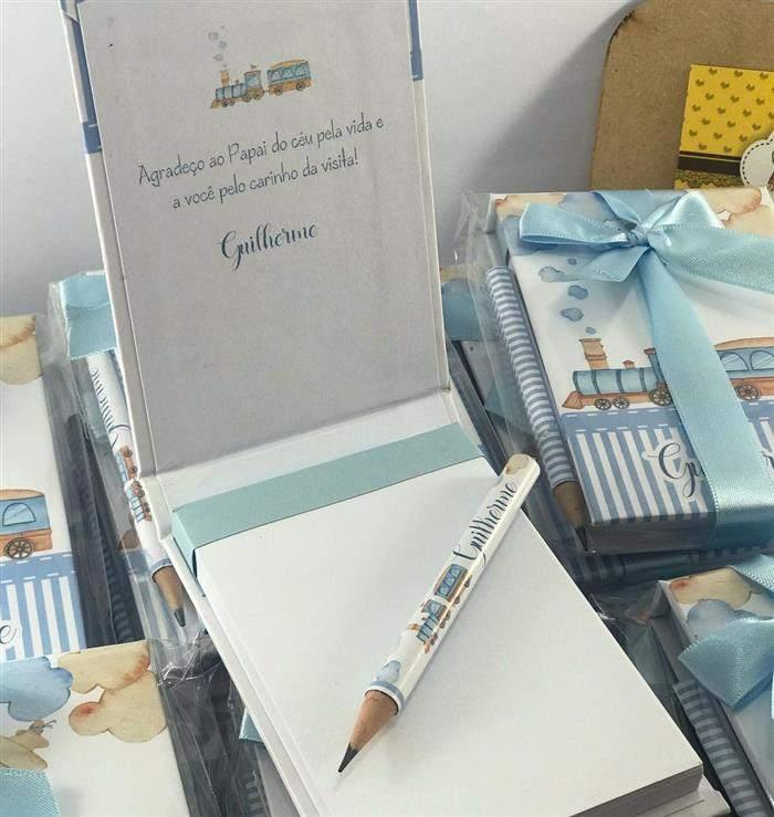 lembrancinha de maternidade lápis