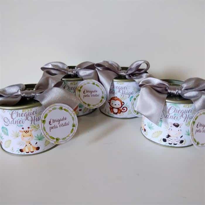 lembrancinhas de maternidade latinhas personalizadas