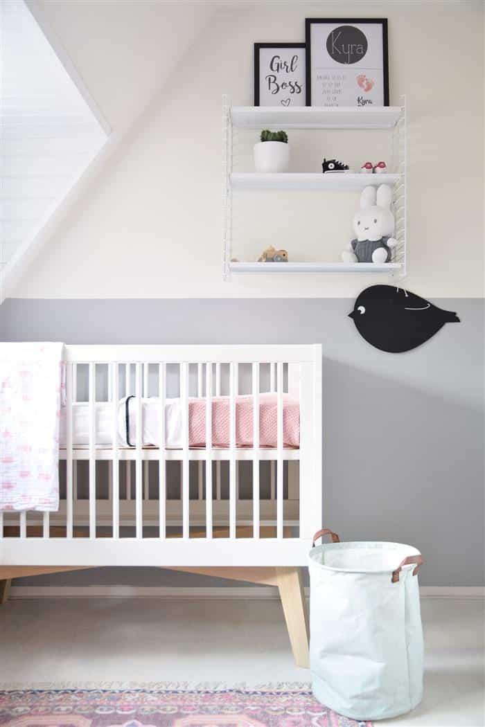 quarto de bebe branco e cinza