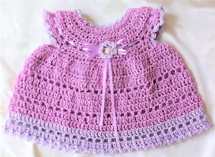 Vestido de bebê de crochê