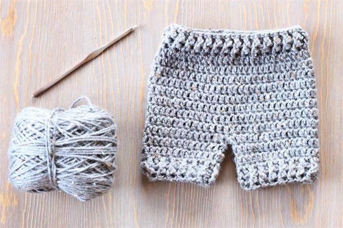 shorts de bebê de crochê