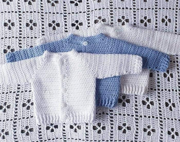 roupinha de bebê em crochê