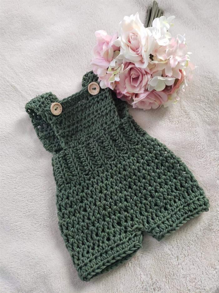 roupinha de croche verde