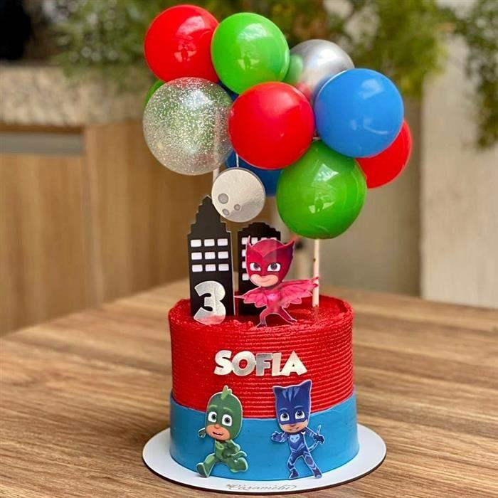 topo de bolo com balões