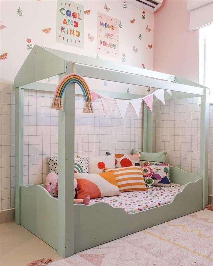 Decoração de quarto infantil feminino gastando pouco montessoriano