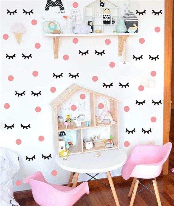 decoração de quarto infantil feminino com papel de parede