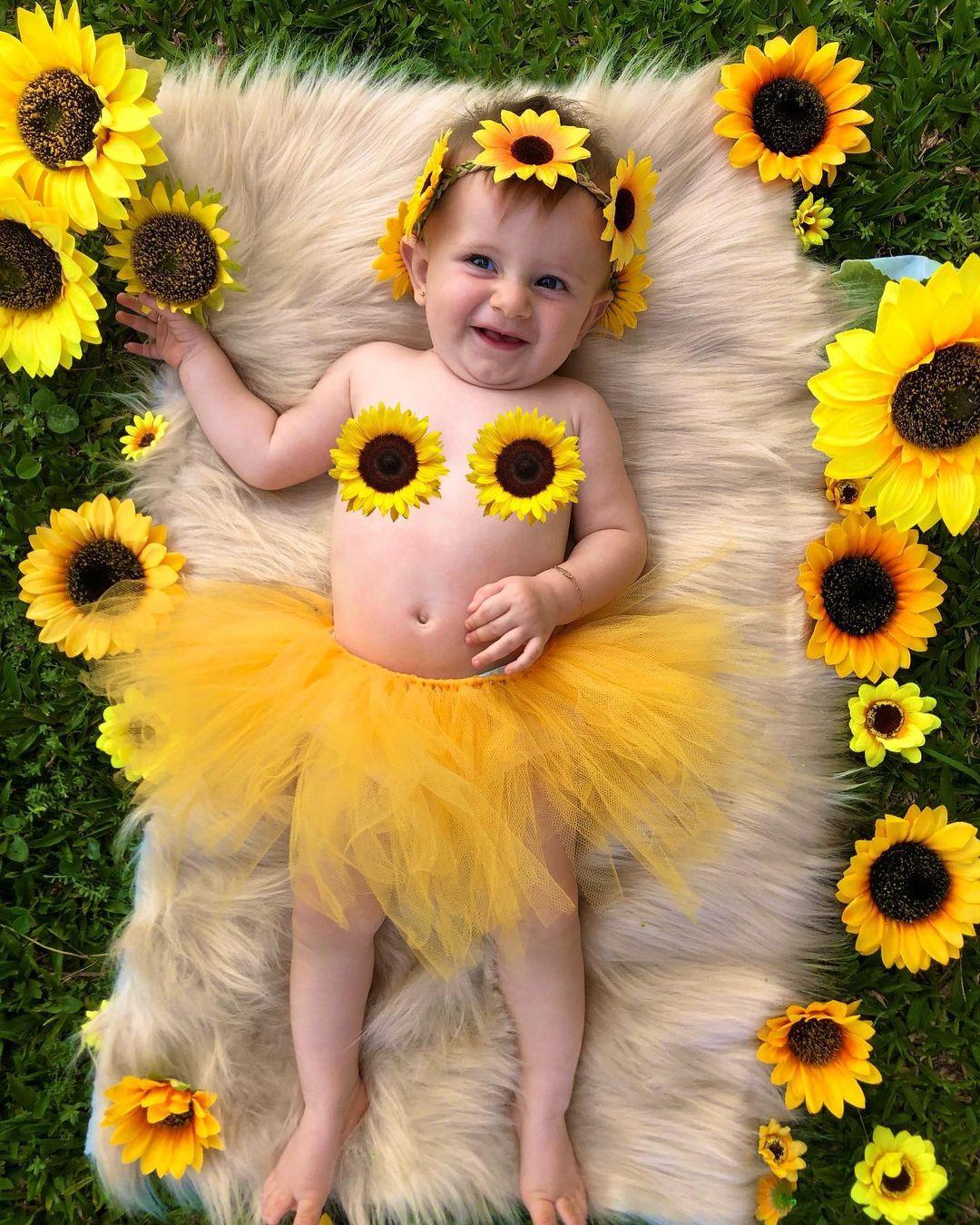 foto de bebe com flores