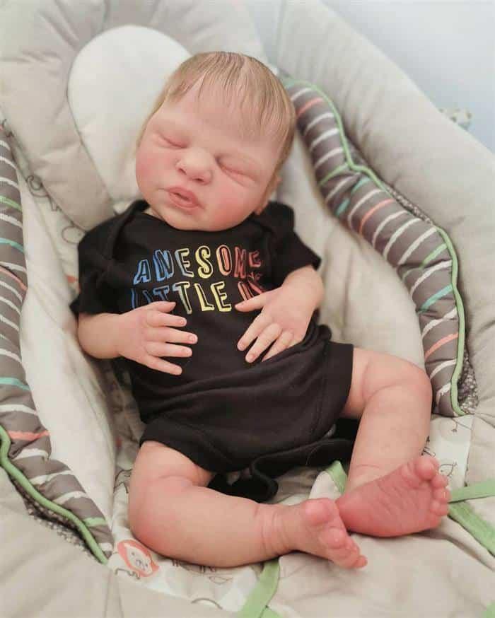 bebe reborn menino