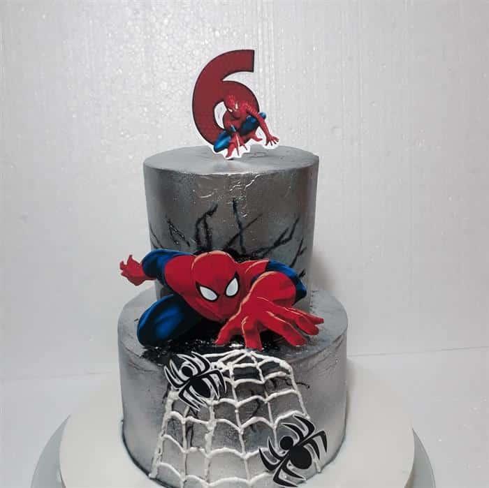 bolo homem aranha 2 andares chantilly