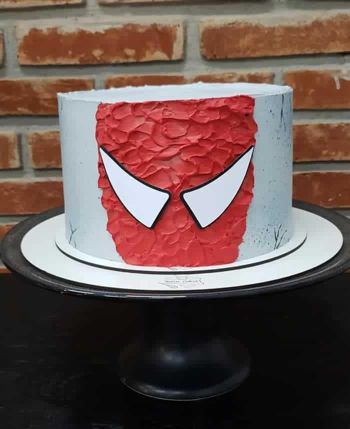 bolo homem aranha com chantilly