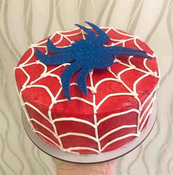 bolo homem aranha com teia