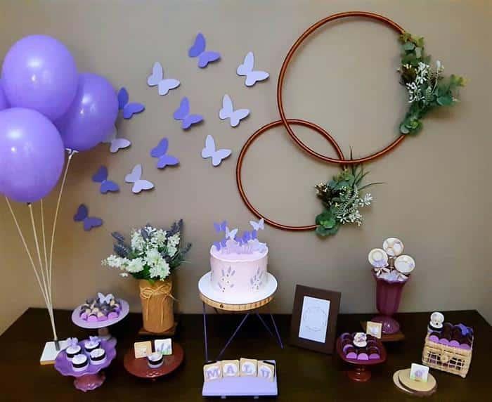 festa de aniversário simples com bolo