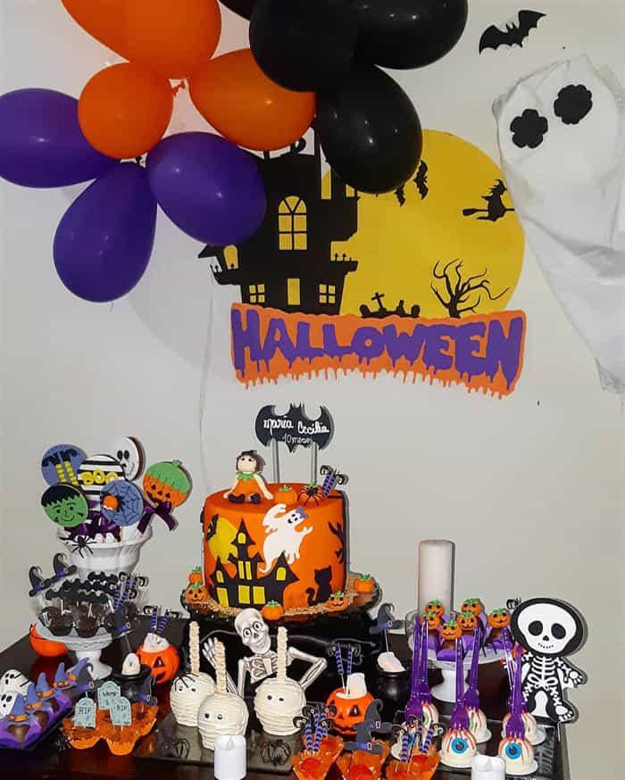 mesversario halloween